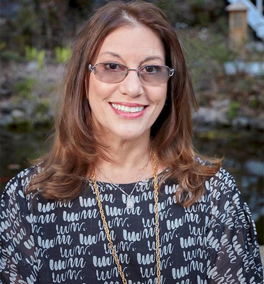 Amy Lynn Schwartzbard