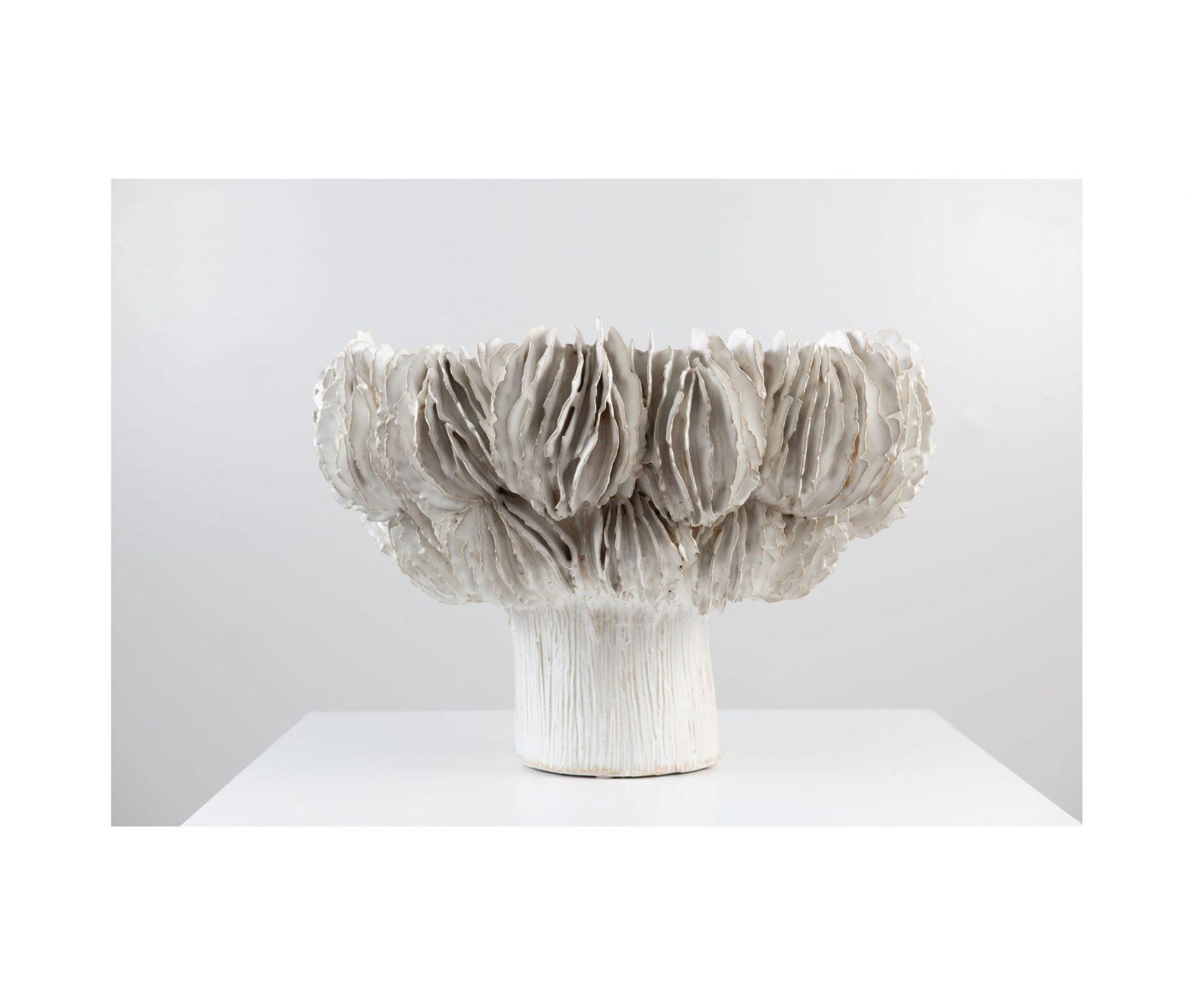 Wexler_Lamella-Pedestal-Bowl-2_int_products